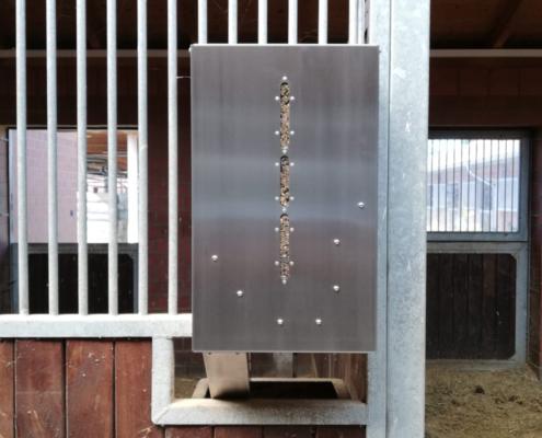 Der powerfeeder Struktur von B&B equipment verarbeitet unter anderem Luzerne